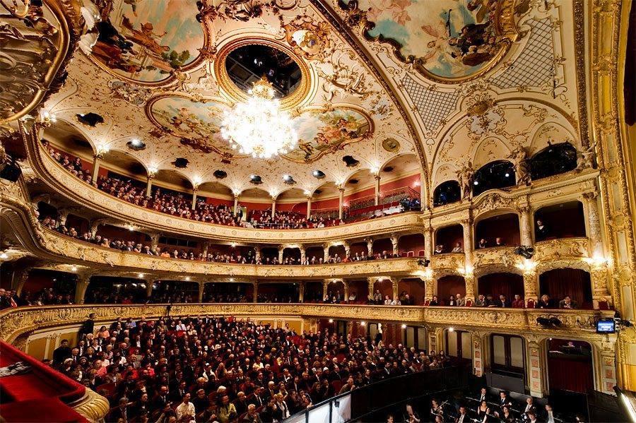 Научимся любить оперу, или 10 оперных историй, которые нужно знать каждому.